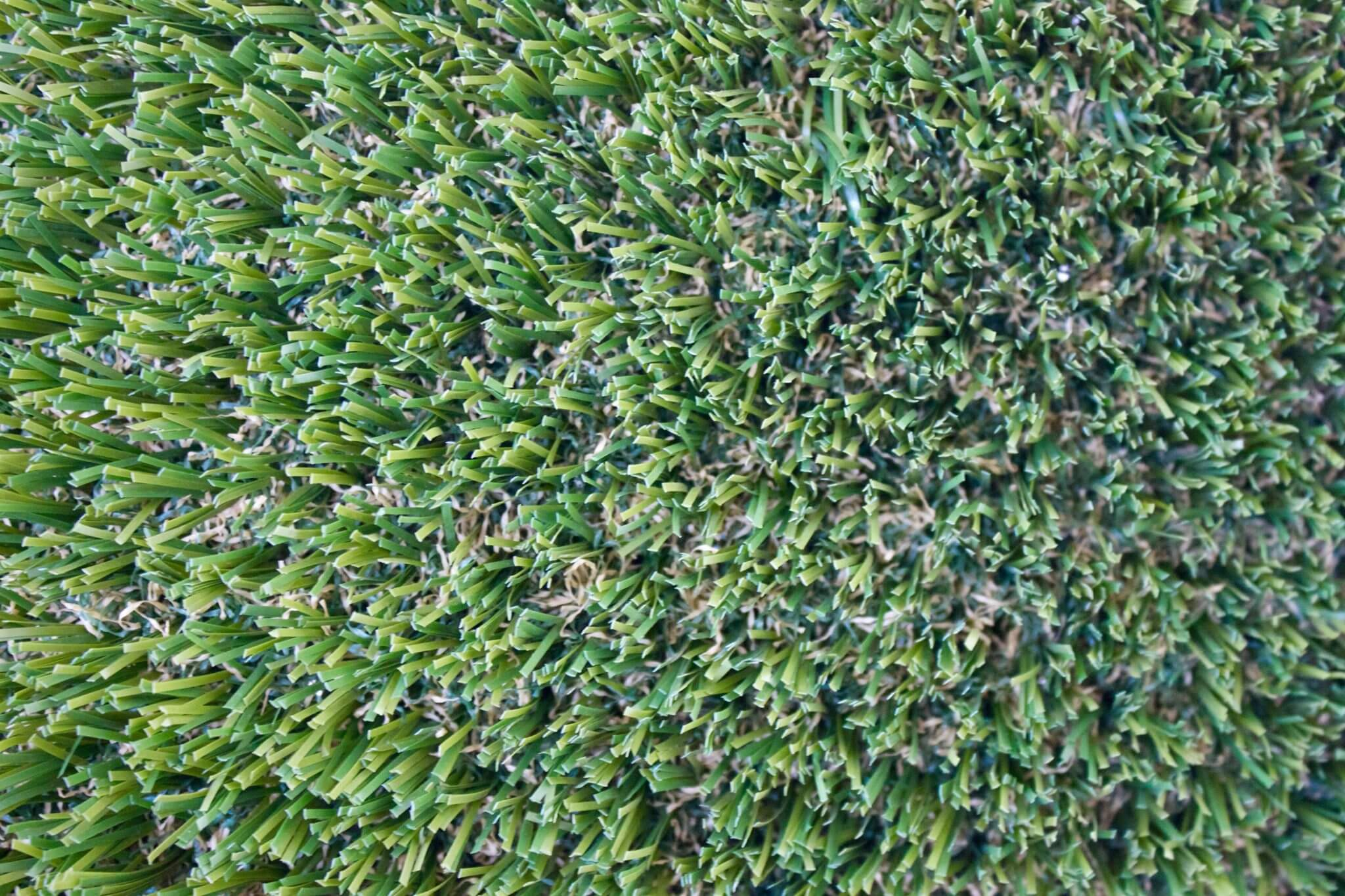 PetGrass-top view of tan thatch