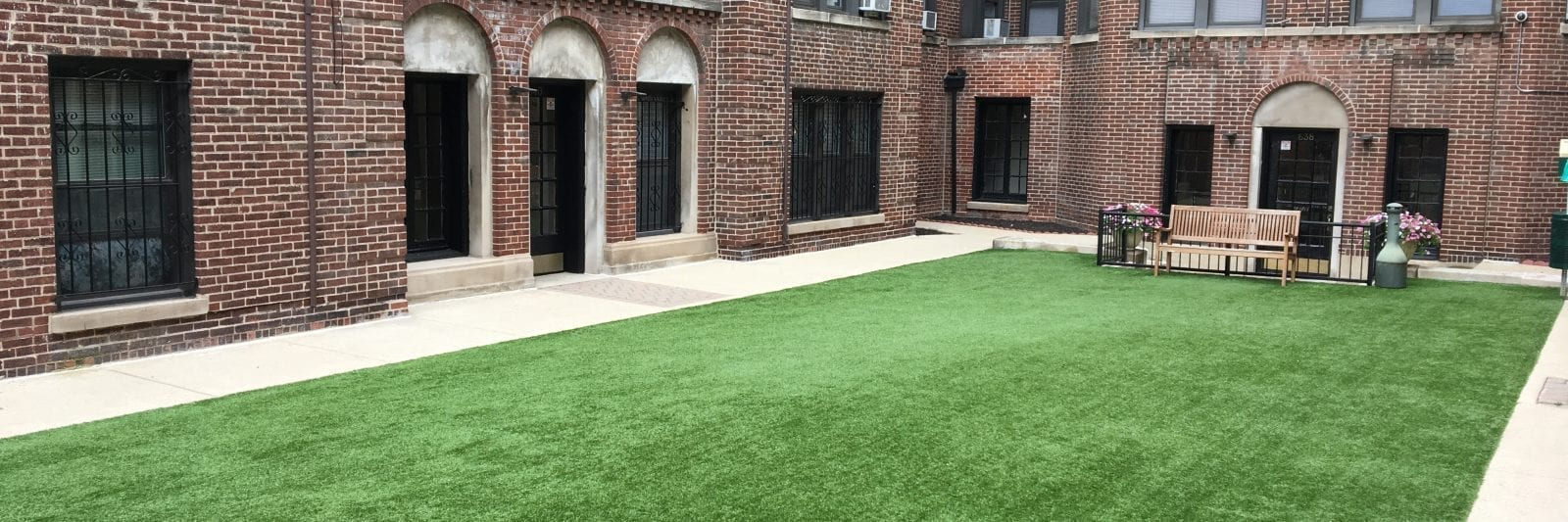 synthetic turf courtyard at office building